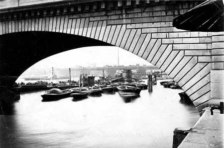 Cannon Street Railway Bridge seen under London Bridge, Henry Taunt, 1875