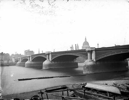 Blackfriars Bridge, Henry Taunt, 1875