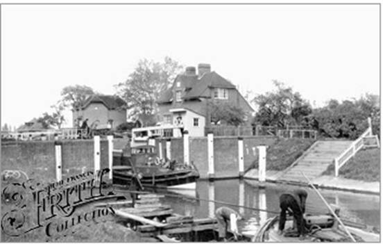 Old Windsor Lock, Francis Frith