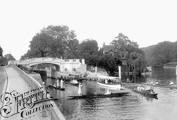 1913, Below Boulter�s Lock, Francis Frith