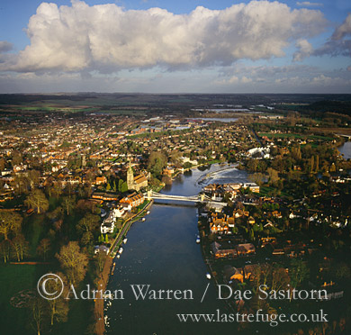 Aerial View of Marlow © Adrian Warren