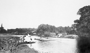 1890:  Wargrave Ferry, Francis Frith