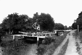 1890:  Above Sonning Lock, Francis Frith