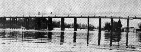 Streatley Bridge in 1912
