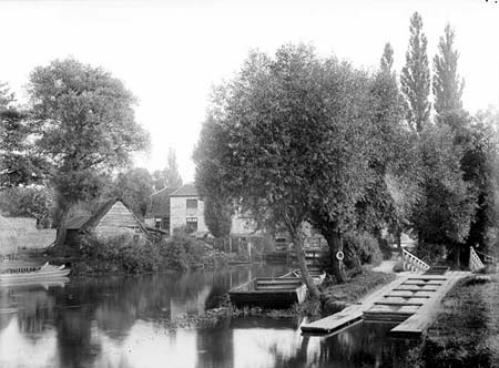 Iffley Mill with old boat rollers, Henry Taunt, 1885