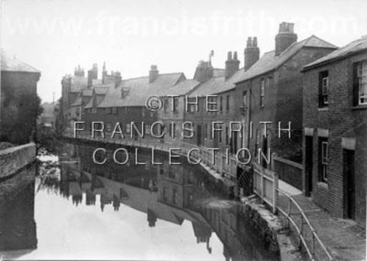 1910:  The Canal, Station Road, Francis Frith