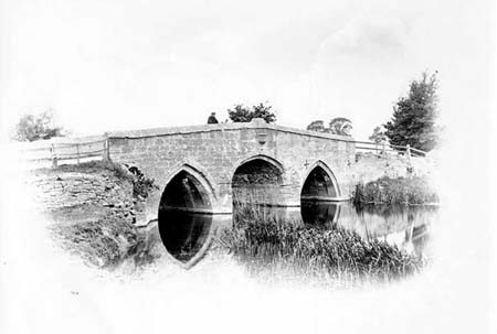 Radcot Old Bridge, Henry Taunt, 1875