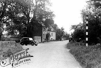 Lechlade, The Trout Inn c1955