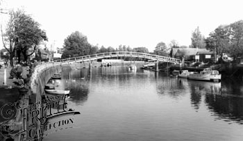 Eel Pie Island Bridge, 1955, Frith